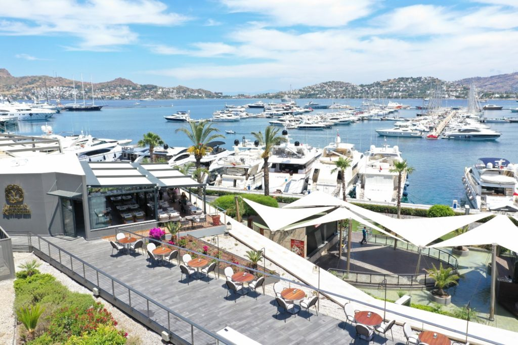 Discover Y-Lounge&Restaurant Bodrum, the culinary delight of Bodrum!